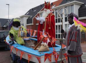 Zingen tot Sinterklaas aanmeert bij De Walsprong